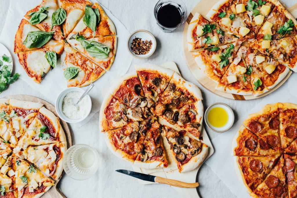 Los ingredientes que llevan la pizza las hacen más especiales.